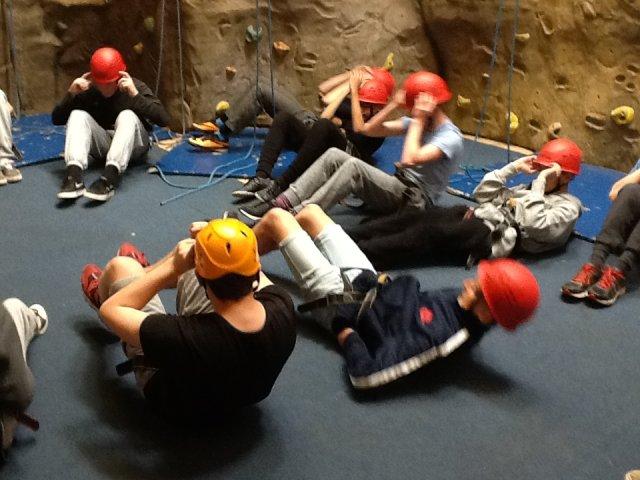 boys-climbing-d3-012